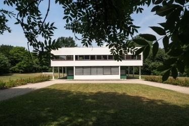 Villa Savoye - Corbusier